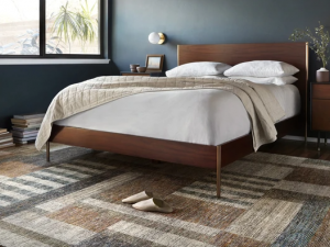 How to Choose Rugs That Work Best for Messy Households?