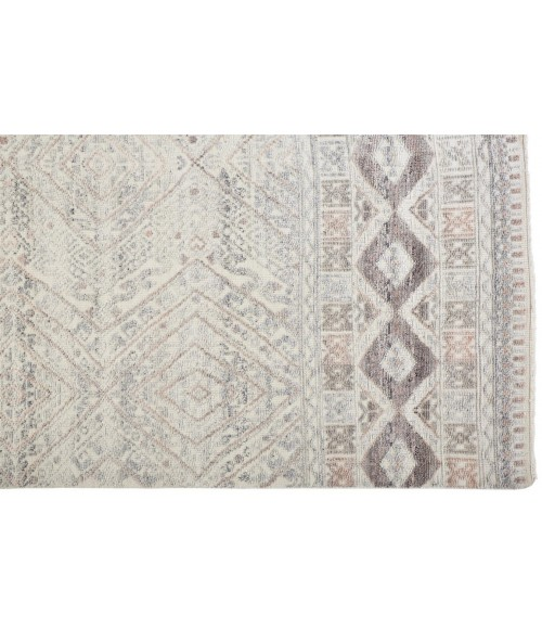 """Feizy PAYTON 6495F IN BLUSH/IVORY 7' 9"""" x 9' 9"""" Area Rug"""